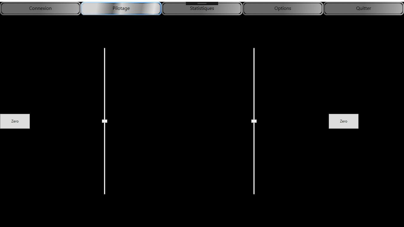 Ma première interface rassemblait deux sliders permettant de contrôler les vitesses gauche/droite des moteurs. J'avais même pensé à un bouton de remise à zéro par slider… La grande classe !