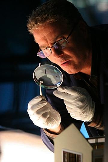 Gil-Grissom-Lab